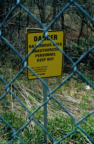 315px-Love_Canal_-_Danger_Hazardous_Area_sign